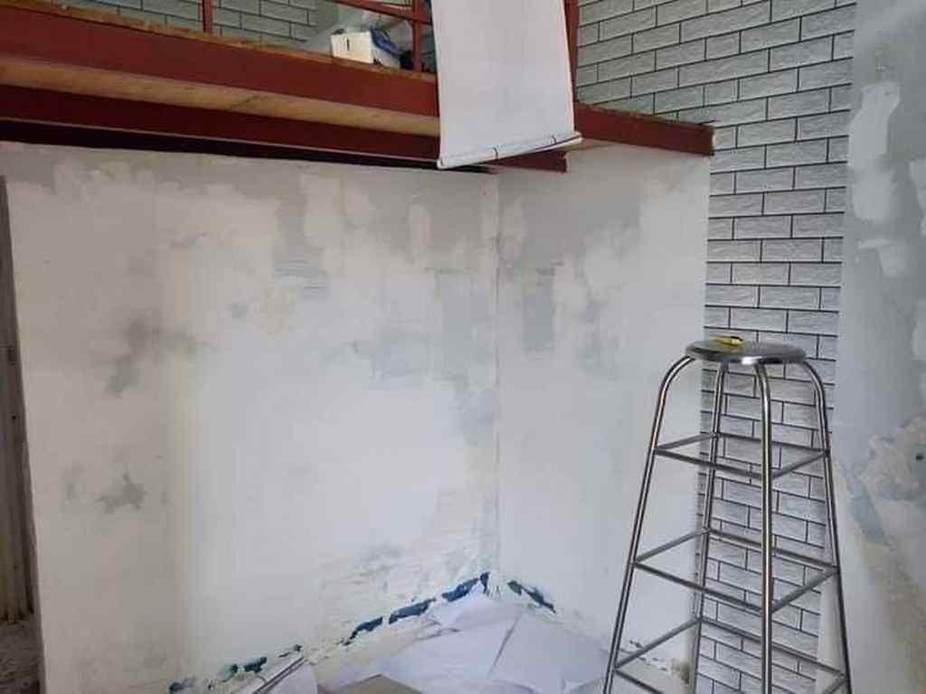 Dán giấy dán tường